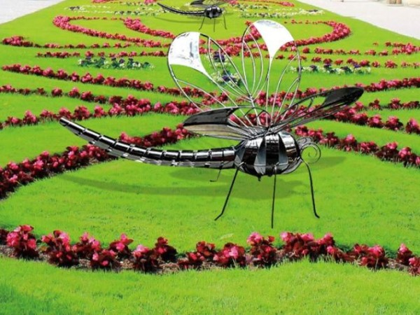 不锈钢蜻蜓雕塑,大家都喜欢这款迷人的雕塑!