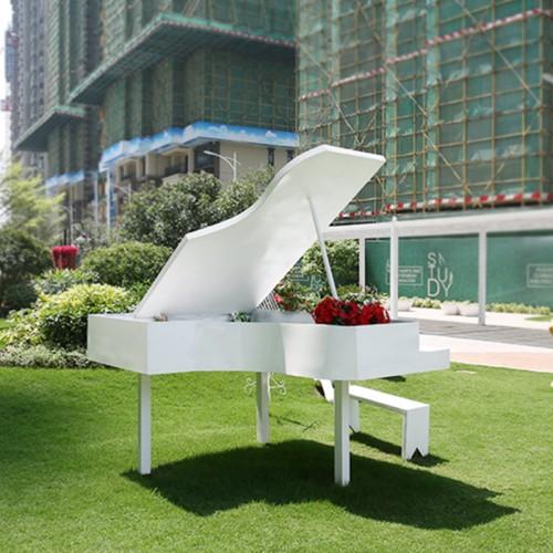 不锈钢钢琴摆件