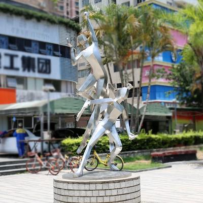 不锈钢运动员人物广场雕塑