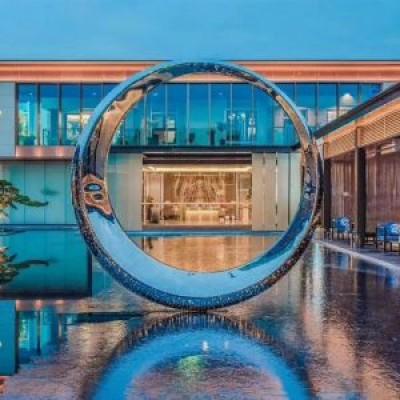 不锈钢圆形月亮景观广场雕塑