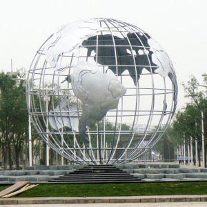 不锈钢雕塑在公共艺术领域的价值体现!