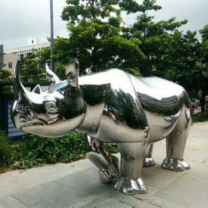 不锈钢雕塑的景观价值!