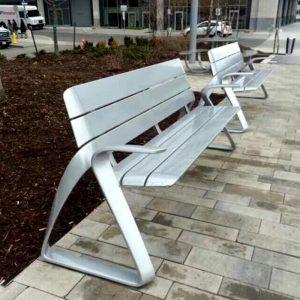 公共场所用不锈钢椅子有什么好处?