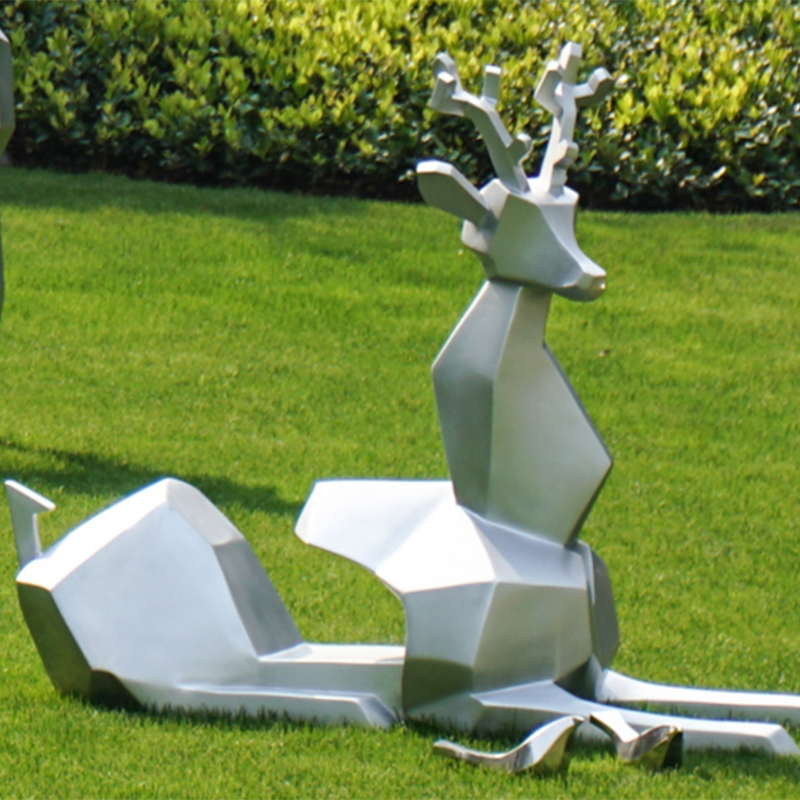 不锈钢鹿雕塑,不锈钢制品厂家优超凡独家出品!
