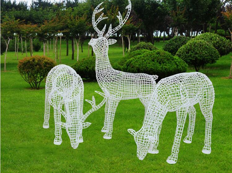 不锈钢镂空鹿雕塑,最受欢迎的镂空雕塑!