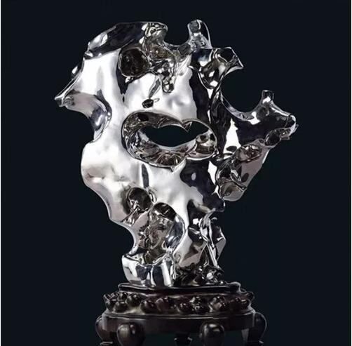 不锈钢制成的太湖石雕塑,缔造不一样的意境!