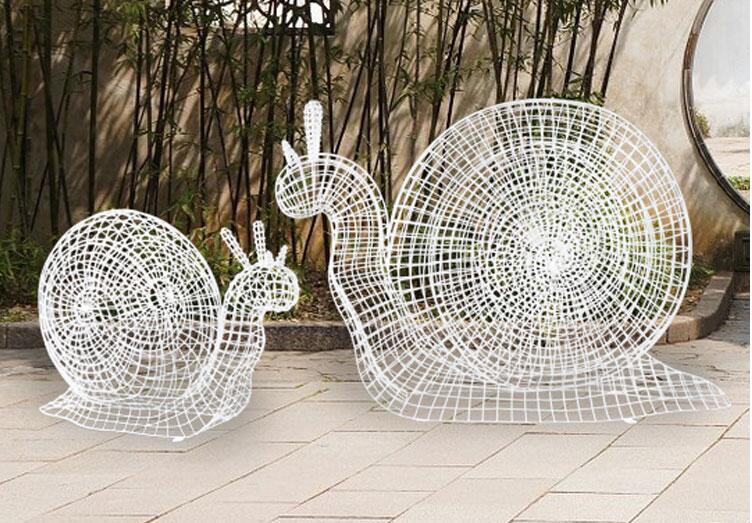 不锈钢镂空蜗牛雕塑摆件,让灵魂跟上你的脚步!