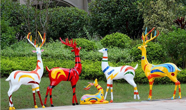 玻璃钢麋鹿雕塑,户外园林景观雕塑都喜欢这款!