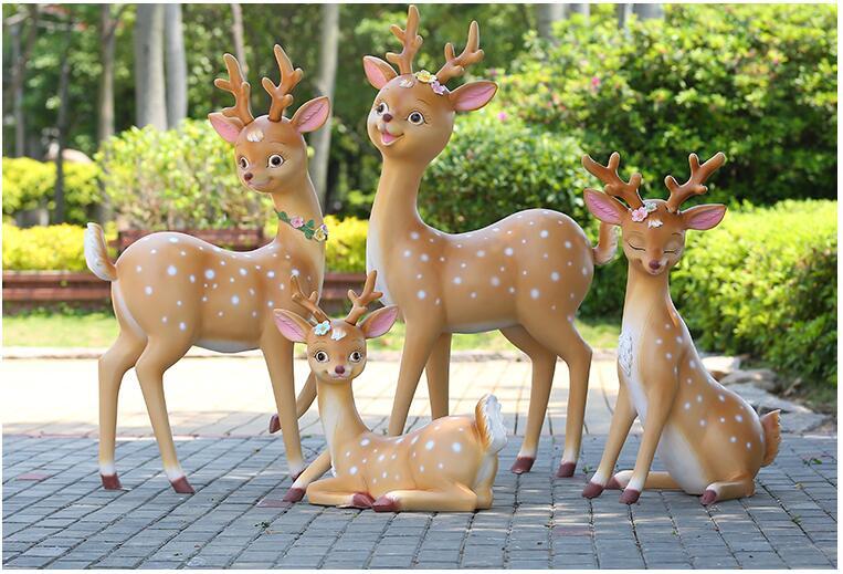 卡通梅花鹿玻璃钢动物广场雕塑