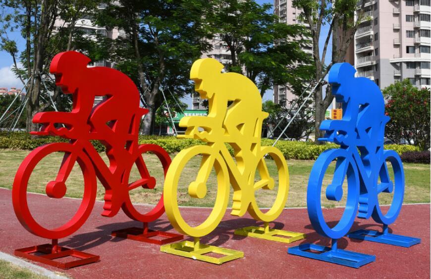 不锈钢人物雕塑,2020年大家都喜欢这款人物雕塑!