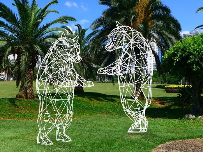 不锈钢镂空熊雕塑,好看的镂空几何熊摆件!
