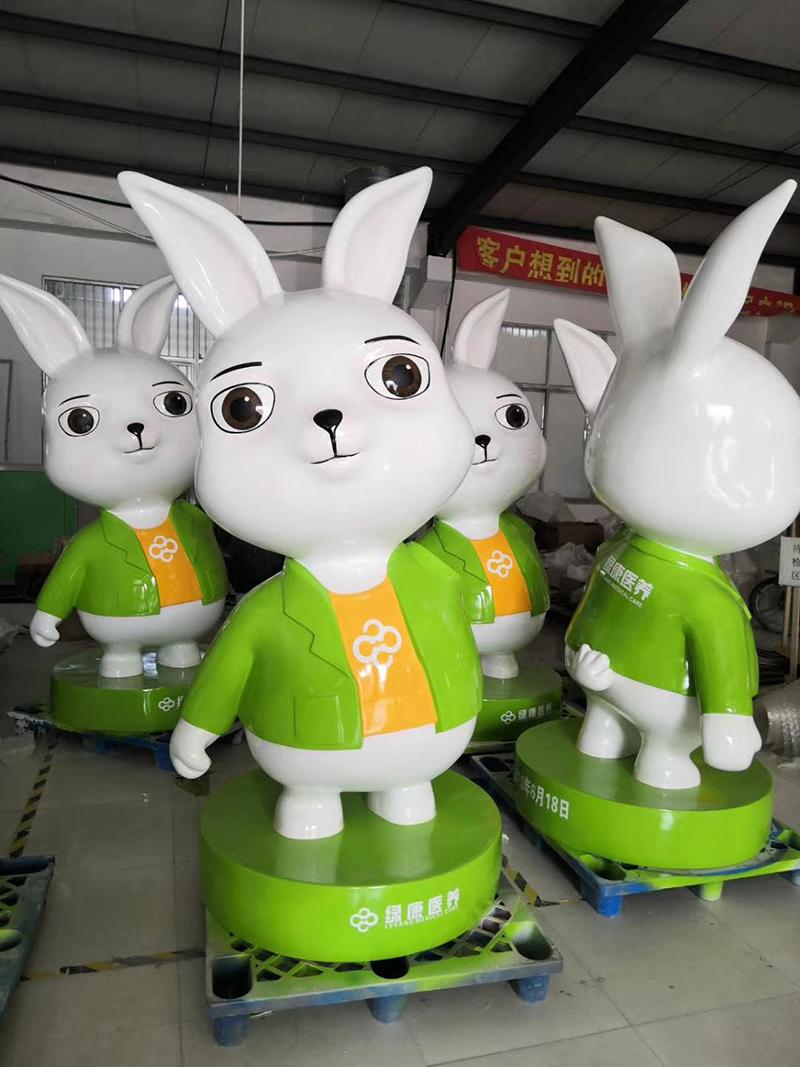 玻璃钢兔子雕塑案例