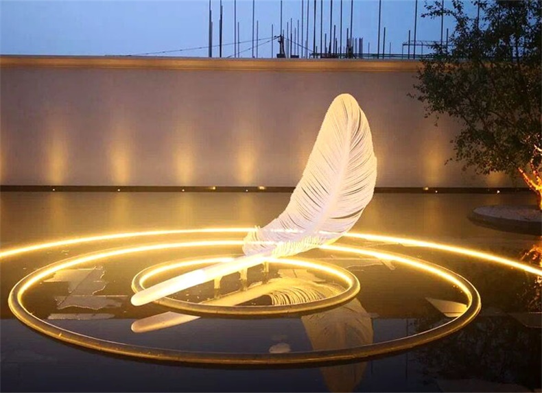 不锈钢羽毛雕塑城市景观广场雕塑