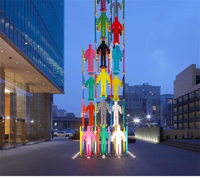 不锈钢人造型景观广场雕塑