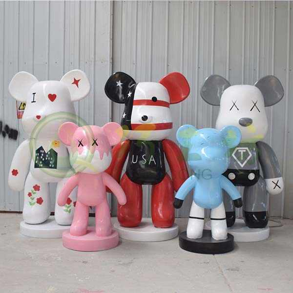 卡通芝麻街玻璃钢kaws雕塑装饰潮流网红店暴力熊公仔大型落地摆件