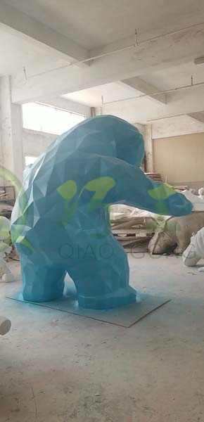 大熊落地IP摆件玻璃钢大型园林景观雕塑厂家定制