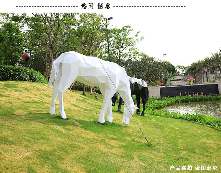 玻璃钢切面马动物景观广场雕塑